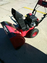 red and black snow blower 589 mi