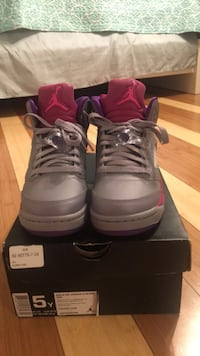 Air Jordan Raspberry 5s sz 5 Sterling, 20164