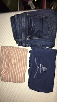 American Eagle Clothes Bundle New York, 11379