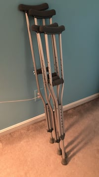 2 pairs of Crutches 5'2-5'10  Fairfax Station, 22039