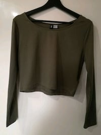 Olive green long-sleeve crop top 6646 km