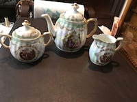 Germany Love Story Tea pot, creamer and sugar bowl.  Christmas is coming soon , now is good time to look for Christmas gift. Hamilton, L9A 1T3