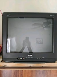 RCA SDTV with digital tuner 21in screen.