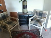 Chair, rug, small end table, and accessories set  Frederick, 21703