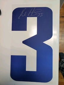 Bo Horvat autographed jersey number