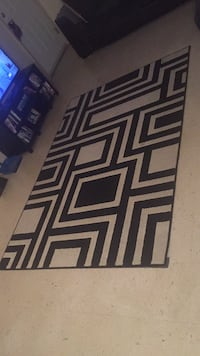 black and white chevron print area rug San Antonio, 78213