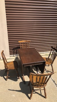 Dining table and chairs  Waldorf, 20603