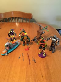 Teenage mutant ninja turtles tmnt Lot of action figures and vehicles Niagara Falls, L2H 1X3