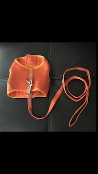 Dog harness with leash - Size M Vaughan, L4H 3R3