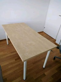 Like new IKEA desk Calgary, T2M 3Z4