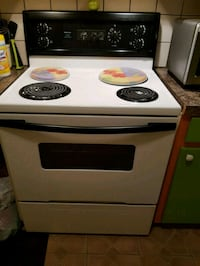 white and black 4-coil electric range oven Montréal, H8N 1R1