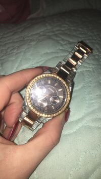 round gold-colored Rolex analog watch with link bracelet Cambridge, N1P