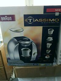 black and gray Oster blender box Levittown, 11756