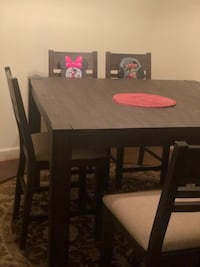 Dining Room Table for 6 169 mi
