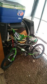 green and black motocross dirt bike Green Bay, 54303