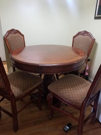 Table wood and chairs