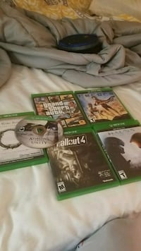two Xbox One game cases Decatur, 37322