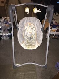 Baby's white and gray swing chair Halethorpe, 21227