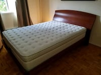 Queend Bed with Mattress for Sell Montréal, H4N 2Z1