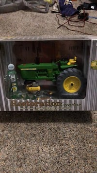 John Deere 4020 restoration tractor new in box Manchester, 21102