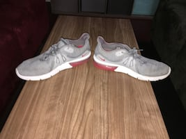 Nike Air Max Sequent Trainers