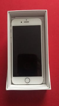 silver iPhone 6 with box 568 km