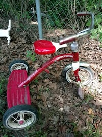 red and black Radio Flyer trike High Point, 27263