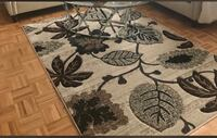 white and black floral area rug Ottawa, K4A 3S4