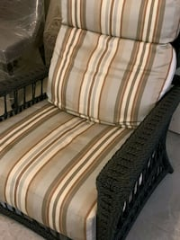 OUTDOOR RECLINER WITH CUSHIONS  Toronto, M2P 1T6