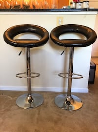 two black leather bar stools Arlington, 22209