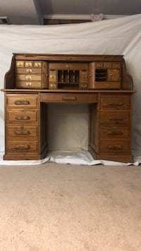 secretary desk Cockeysville, 21030