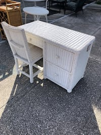 White Wicker Desk and Chair  Holly Hill, 32117