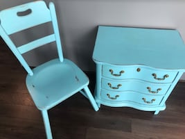 Nightstand/Dresser and chair