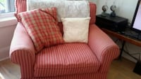 Lovely big chair. Very comfy Collingwood, L9Y 3Z1