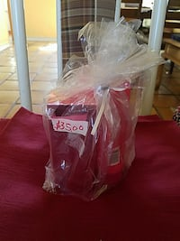 red box and bottle gift set El Paso, 79930