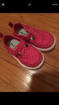 Pink toddler shoes size 4 Rancho Cordova, 95670