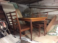 Mid century modern dining table and chairs Toronto, M4K