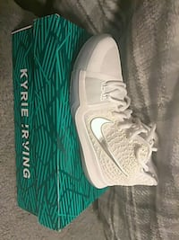 pair of white-and-green Nike running shoes Columbia, 21045