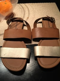two brown leather leather sandals Modesto, 95351