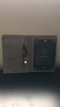 Kobo EReader(Comes with charger and case) Hamilton