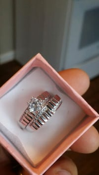 925 silver engagement ring  size 9 1298 mi