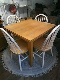 Dining room table Clearwater, 33764