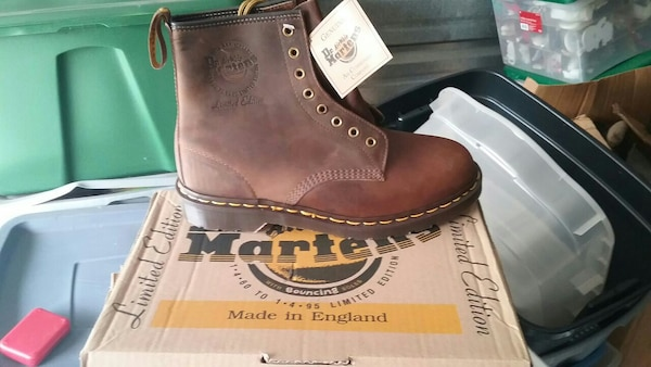 416f2f15 Used Doc Marten special edition boots new for sale in Downers Grove - letgo