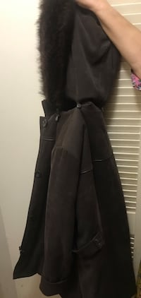 Women's coat size large Toronto, M3H 2S9