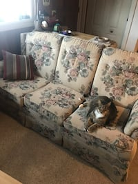 Free love seat & sofa set