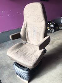 Grey truck seat. Good condition