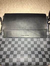 Louis Vuitton messenger bag Aurora, L4G 7P5