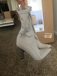 Ankle boots Falls Church, 22044