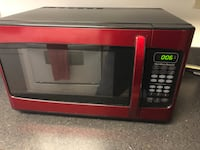 Red Microwave - Great condition 39 km
