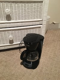 Mel's coffee maker makes up to 4 cups of coffee  Charlotte, 28209